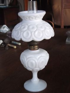 vintage oil lamps price guide