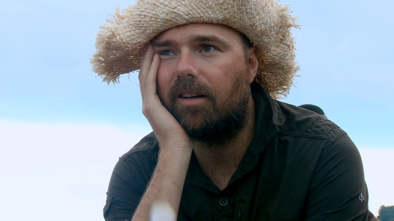 an idiot abroad episode guide