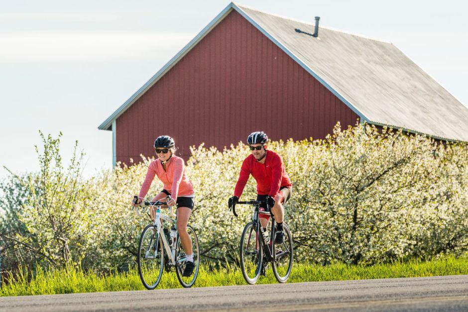 niagara on the lake self guided winery bike tours
