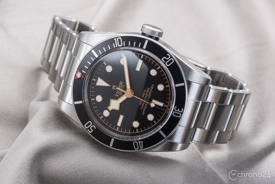 depth resistance guide for watches