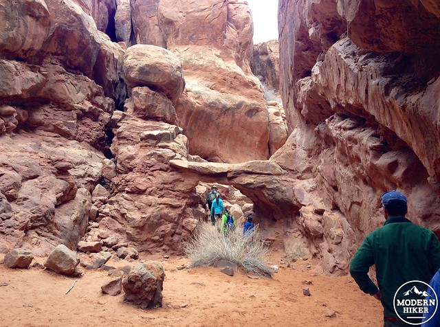 hiking fiery furnace without a guide